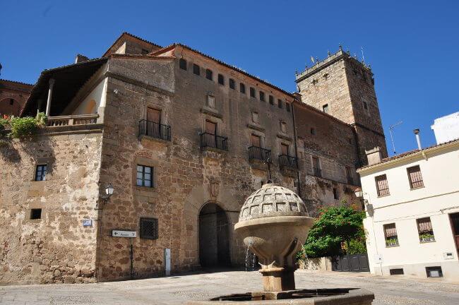 Palacio_de_Mirabel
