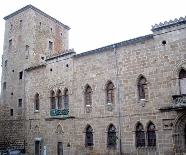 Plasencia-Palacio_de_los_Monroy_y_Carvajal